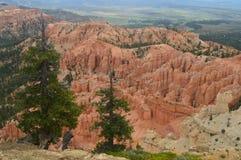 Чудесные образования Hodes в каньоне Bryce геология Путешествия Природа стоковое изображение rf