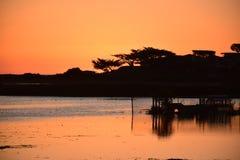 Чудесный заход солнца над пляжем Калифорния Carmel стоковое фото rf
