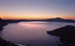 чудодей восхода солнца Орегона озера острова кратера Стоковые Изображения