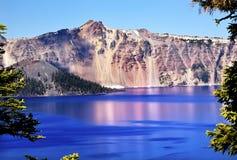 чудодей Орегона озера острова кратера Стоковые Фото