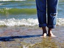 чуть-чуть ноги пляжа Стоковое Изображение RF