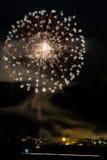 Чудесные фейерверки на деревне Стоковые Фото
