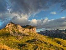 Чудесный взгляд к горам в национальном парке Durmitor Стоковое Изображение