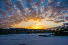 Чудесный заход солнца. Стоковые Фотографии RF