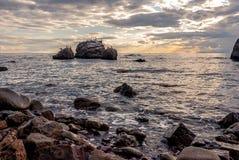 Чудесный seascape на заходе солнца Стоковая Фотография