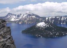 чудодей озера острова кратера Стоковое фото RF