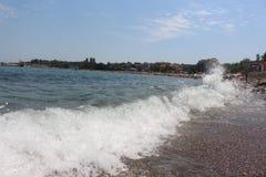 Чёрное море в городе Chernomorets - голубом море и голубом небе, от Болгарии Стоковое Изображение