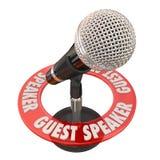 Член жюри обсуждения представления микрофона приглашенного оратора Стоковое фото RF