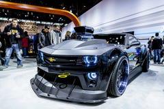 ЧIКАГО - 16-ОЕ ФЕВРАЛЯ: Chevrolet Camaro ZL1 на дисплее на 201 Стоковое Фото