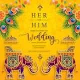 Шаблоны карточки приглашения свадьбы приглашения свадьбы InIndian carddian при сделанное по образцу золото и кристаллы на предпос иллюстрация вектора