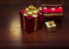 Шаблон для открытки с игрушками рождества Справочная информация Стоковое фото RF