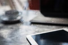 Шаблон для текста, предпосылки виртуального экрана Дело, технология интернета и концепция сети Стоковое фото RF