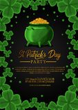 Шаблон знамени дня St. Patrick с иллюстрацией листьев клевера shamrock и золотой монетки в баке