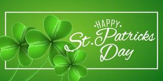 Шаблон на день ` s St. Patrick Знамя с клеверами shamrocks Зеленая предпосылка Каллиграфический белый текст карточка 2007 приветс Стоковое Изображение