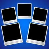 Шаблон фото с позолоченной рамкой, линии для подписи и дата, на голубой предпосылке Стоковые Изображения RF