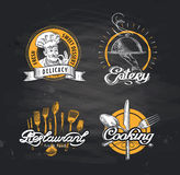 Шаблон дизайна логотипа вектора ресторана кафе или закусочная, значок обедающего бесплатная иллюстрация