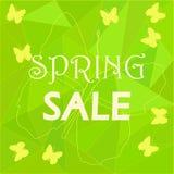 Шаблон объявления продажи весны на низкой поли предпосылке Стоковые Фотографии RF