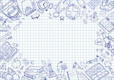 Шаблон рогулек с продуктами школы на приданной квадратную форму бумаге Стоковое фото RF
