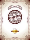 Шаблон сертификата Иллюстрация вектора сертификата золота детального пустого Стоковая Фотография RF