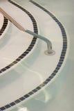 шаги бассеина стоковая фотография