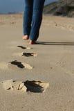 Шаги в песок Стоковая Фотография RF