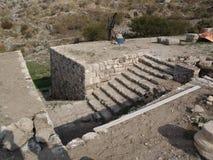 Шаги в руины Коринфа, Греции Стоковые Изображения