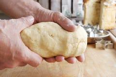 Шаги делать печенье стоковые фото