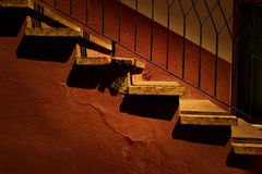 Шаги загоренные теплым светом захода солнца Стоковое Фото