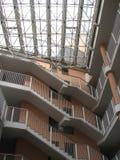 шаги здания стоковые изображения rf