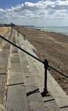 шаги пляжа ведущие к Стоковые Фото