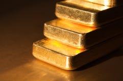 шаг золота Стоковые Изображения