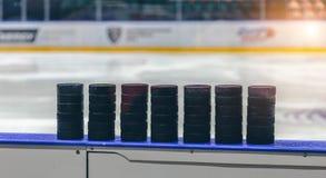 Шайба хоккея на льде стоковое изображение rf