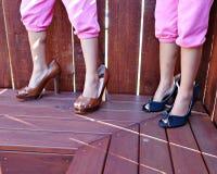 Шаловливая демонстрация модных ботинок стоковые фотографии rf