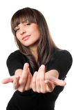 Шаловливое брюнет представляя в черном платье стоковая фотография rf