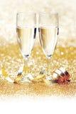 Шампань и лента стоковые фото