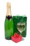 Шампань и подарки стоковые фото