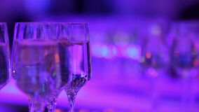 Шампань с пузырями сток-видео