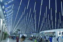 ШАНХАЙ - международный аэропорт NOV. 14,2013 стоковое фото rf