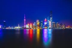 Шанхай на ноче, Китай стоковое изображение