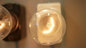 Шарики закрывают вверх, концепция электричества сток-видео