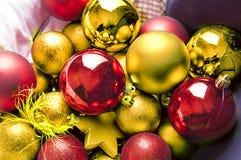 Шарики и звезды рождества Стоковые Изображения