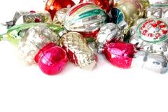 Шарики и игрушки рождества на белой предпосылке Стоковые Фотографии RF