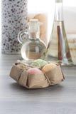 Шарики мыла с свечой кофе и массажем циннамона смазывают Стоковая Фотография RF