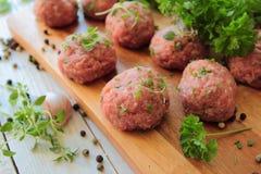 Шарики мяса с травами Стоковые Изображения RF