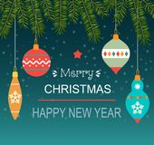 Шарики рождества вися на ветвях рождественской елки С Рождеством Христовым стилизованное оформление иллюстрация вектора