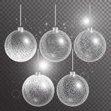 Шарики рождества на прозрачной предпосылке с серебряным снегом Стоковая Фотография RF