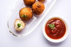 Шарики сыра картошки или croquettes или tikki aloo Стоковое Изображение