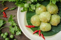 Шарики тапиоки при свинина заполняя на блюде десерт тайский Стоковая Фотография