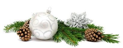 Шарики украшения рождества с конусами ели Стоковое Фото