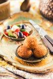 Шарики Falafel с салатом Стоковое Изображение RF